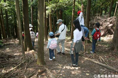 森の中散策